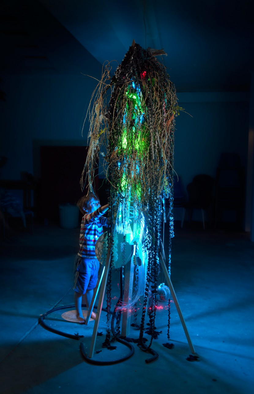 LightSculpture-KirstyCollins_10_2013.jpg