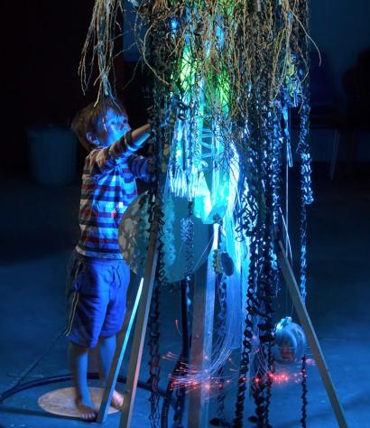 LightSculpture-KirstyCollins_closeup.jpg
